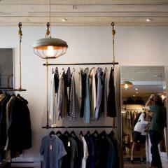 Gdzie warto otworzyć hurtownie odzieży?